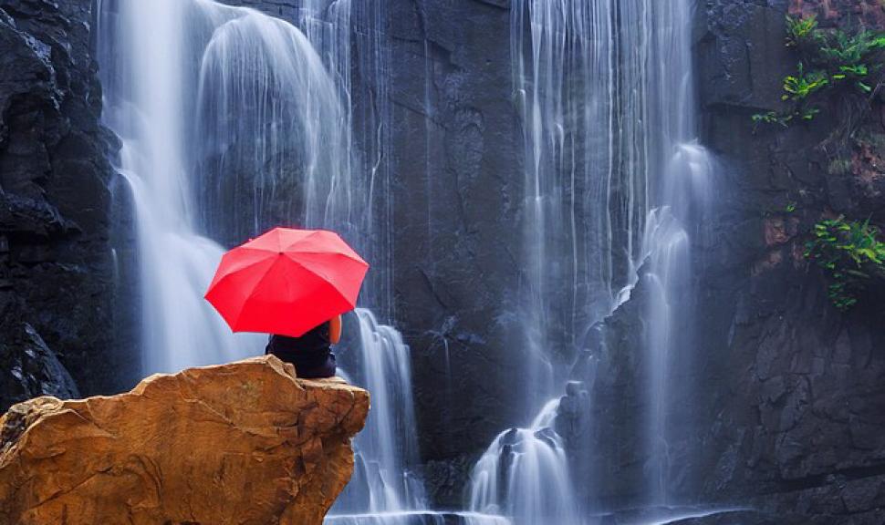 Mackenzie-Falls-Umbrella-Jewelszee